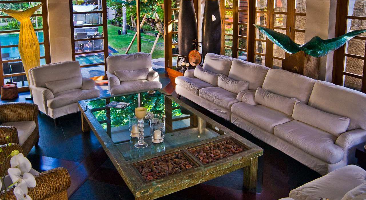 Villa Kharisma Livingroom 2